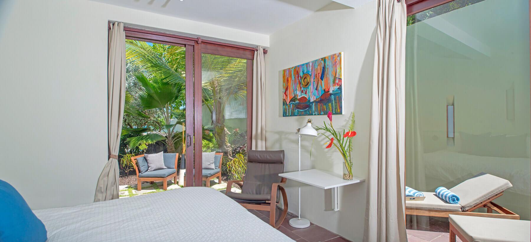 Garden villa's room