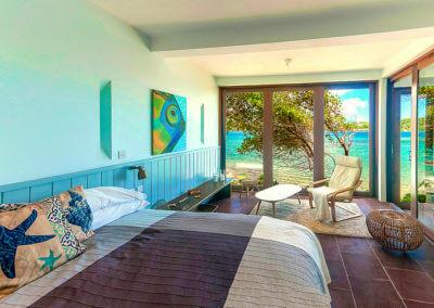 Oceanfront 2BR Master Bedroom (1)