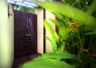 outdoor shower in grenada